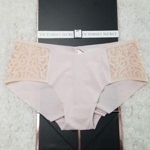 Victoria's Secret Ivory & Velvet Hiphugger